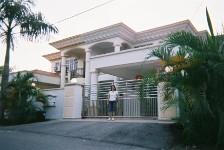 MLC02_homestayhouse.jpg